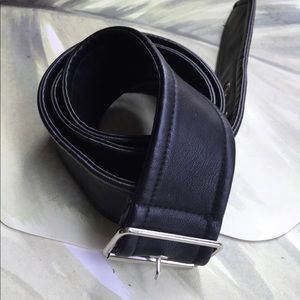 BLACK FAUX LEATHER WRAP BELT 43.5 INCHES